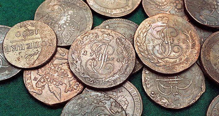 Старинные монеты из клада