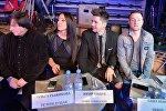 Ольга Рыжикова и Юрий Ващук Тео (в центре) в жюри отбора на Евровидение