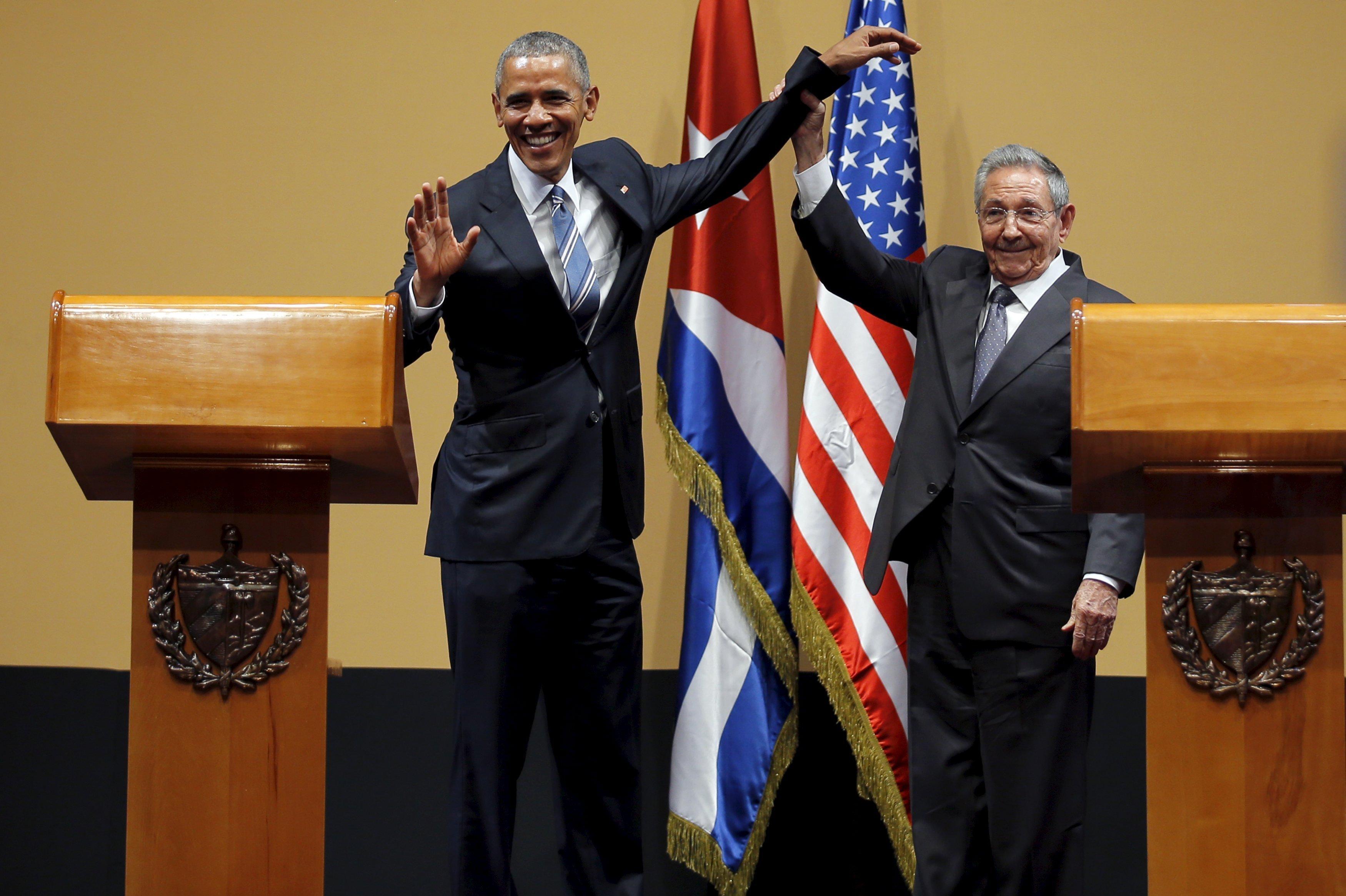 85-летний Рауль Кастро и 54-летний Барак Обама