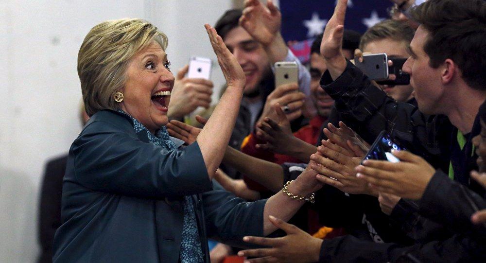 Хилари Клинтон на встрече со студентами в Сиэтле