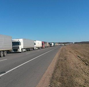 Очередь на белорусско-литовской границе, архивное фото