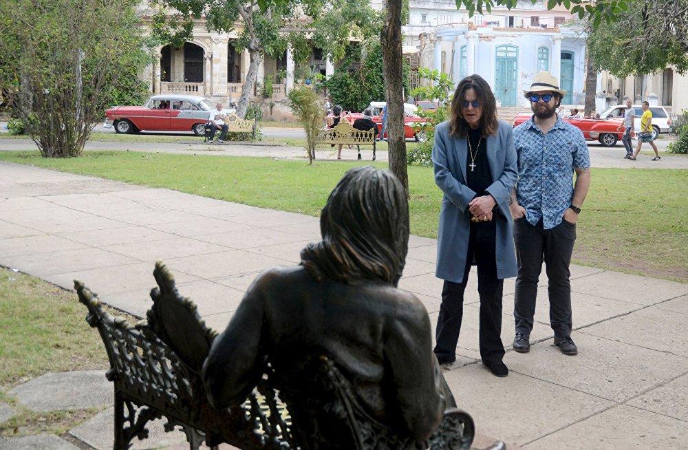 Франтмэн гурта Black Sabbath Озі Озбарн разам са сваім сынам Джэкам