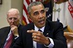 Вице-президент США Джозеф Байден (слева) и президент США Барак Обама