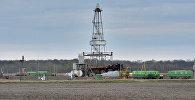 Здабыча нафты ў Гомельскай вобласці, архіўнае фота