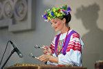 В субботу можно было послушать и посмотреть выступление государственного ансамбля Хорошки.