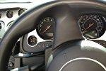 Руль и приборная панель автомобиля