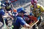 Спасатели и полиция на месте столкновения поездов