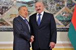 Президент Казахстана Нурсултан Назарбаев и президент Беуларуси Александр Лукашенко