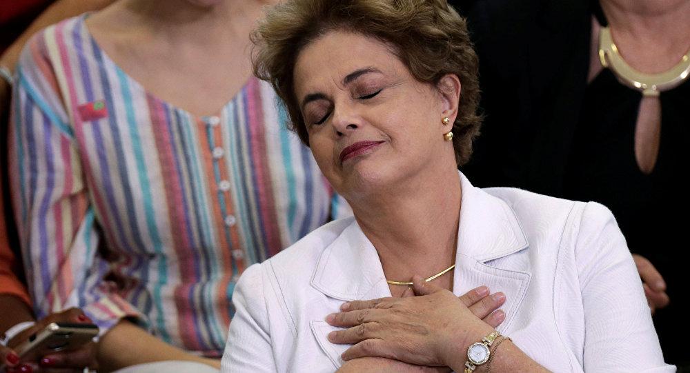 Парламент Бразилии проголосовал заимпичмент президента