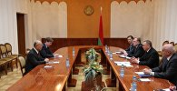 Глава МИД Беларуси Владимир Макей на встрече с главой МАГАТЭ Юкия Амано