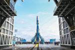 Ракета Союз-2.1а с космическими аппаратами на стартовой площадке космодрома Восточный