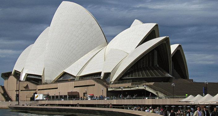 Здание Оперного театра в Сиднее, архивное фото