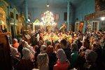 Пасхальное богослужение в Вознесенской церкви в деревне Ставок в Брестской области