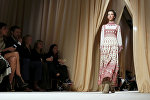 Новая коллекция модного Дома Valentino на Неделе высокой моды в Париже