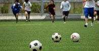 Футбалісты трэніруюцца