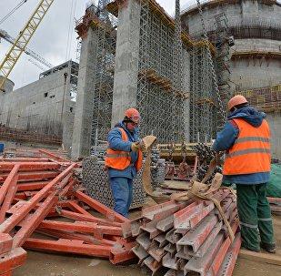 Рабочие на строительстве БелАЭС