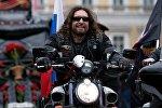 Лидер Всероссийского мотоклуба Ночные волки Александр Залдостанов (Хирург)