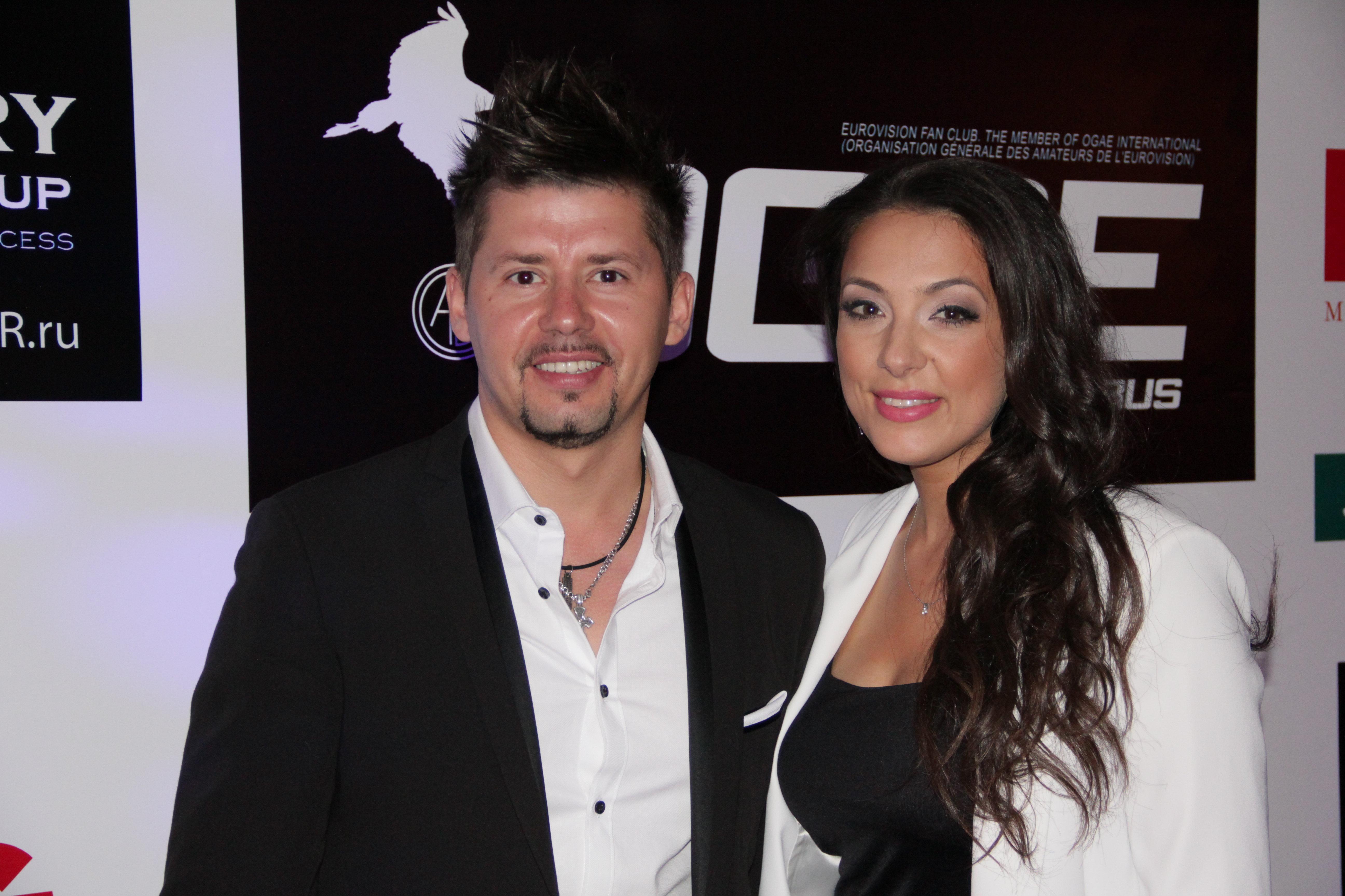 Тео с супругой Ольгой Рыжиковой