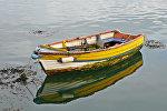 Лодка, архивное фото