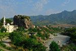 Вид на город Пермети в Албании