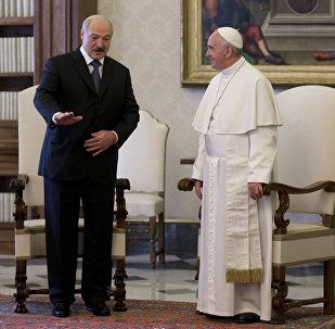 Александр Лукашенко на встрече с Папой Римским