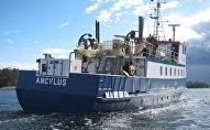 Судно компании шведской компании Ocean X Team