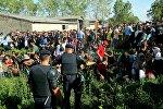 Полицейские пытаются справится с потоком мигрантов на границе Хорватии