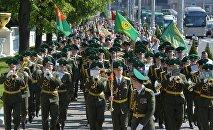 Торжественное шествие пограничников в городе Минске