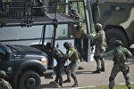 В ходе учений также был отработан штурм автобуса захваченного террористами