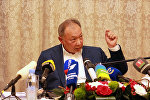 Экс-президент Кыргызстана Курманбек Бакиев на презентации своей книги