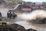 Тракторы взорвали ревом ростовскую степь