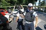 Сотрудники полиции на месте ЧП в Стамбуле