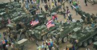 Техника НАТО на центральной площади Даугавпилса
