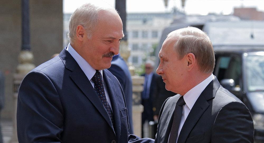 Лукашенко хочет пообщаться сПутиным 3апреля