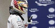 Победитель квалификации Гран-при Канады Льюис Хэмилтон