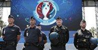 Французские полицейские на Евро-2016