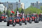 Тракторы Беларус на параде в Минске