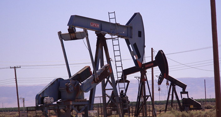 Цены нанефть завершают июль самым резким месячным падением загод