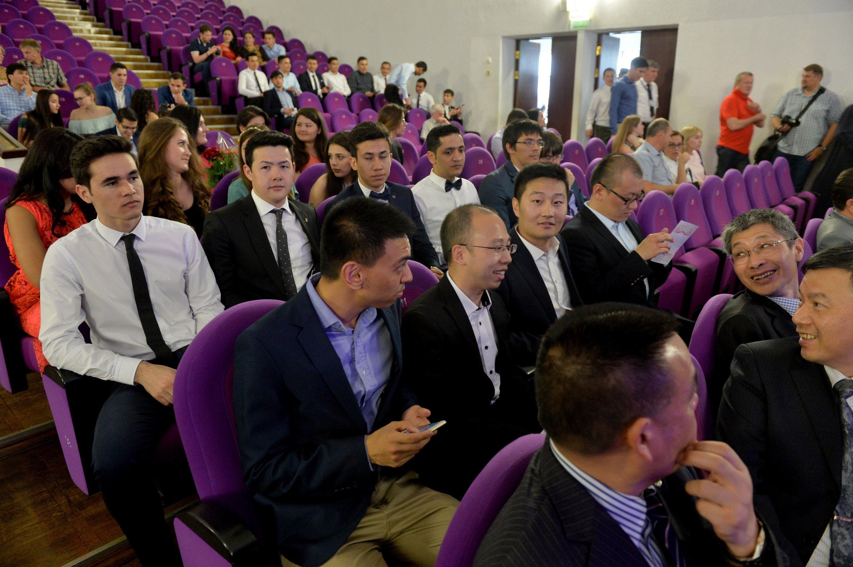 Среди выпускников главного вуза страны достаточно много иностранных граждан