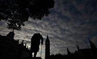 Статуя Уинстона Черчилля в Вестминстере, Лондон, Великобритания