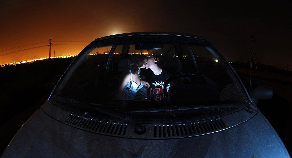 секс в ездиющий машине