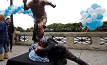 Статуя Лионелю Месси в Аргентине