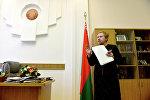 Старшыня ЦВК Лідзія Ярмошына у працоўным кабінеце