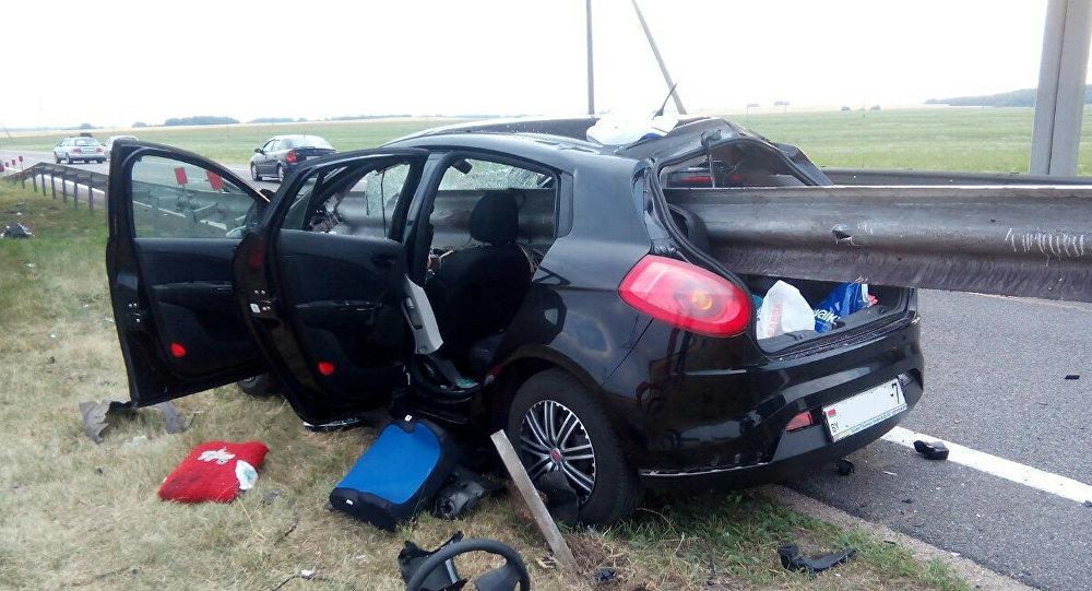 Натрассе М1 Фиат «прошило» отбойником: погибла супруга водителя