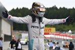 Победитель Гран-при Австрии, британец Льюис Хэмилтон