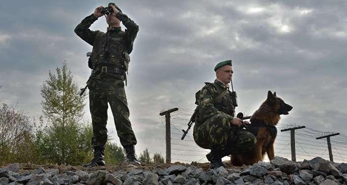 Белорусские пограничники на белорусско-польско--украинской границе
