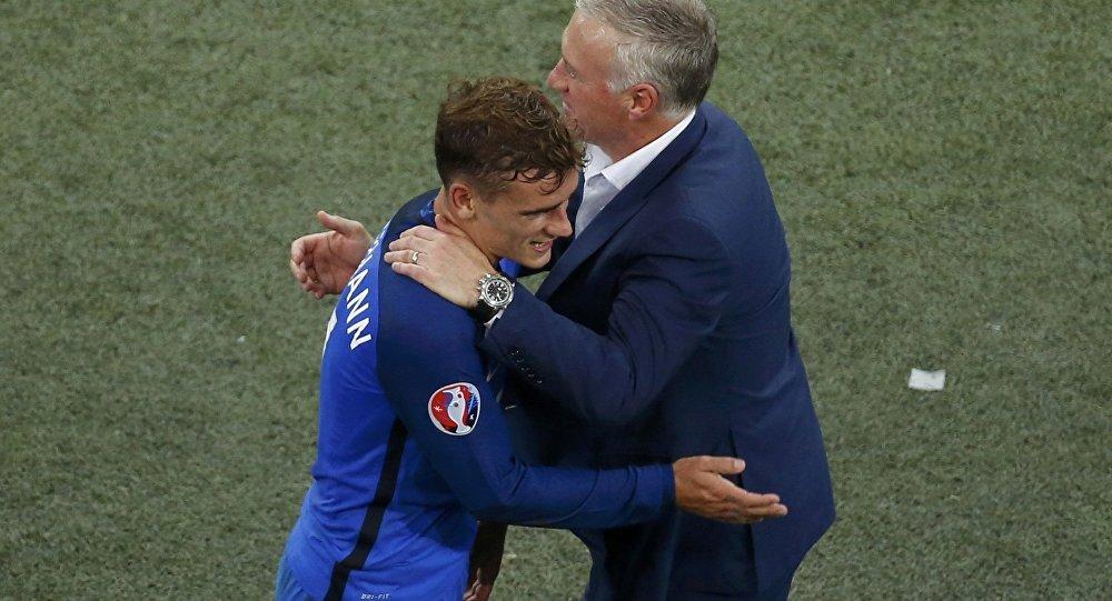 Сборная Франции обыграет португальцев вфинале Евро-2016 пофутболу, считает Лёв