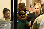 Родственники и коллеги погибших в больнице Далласа