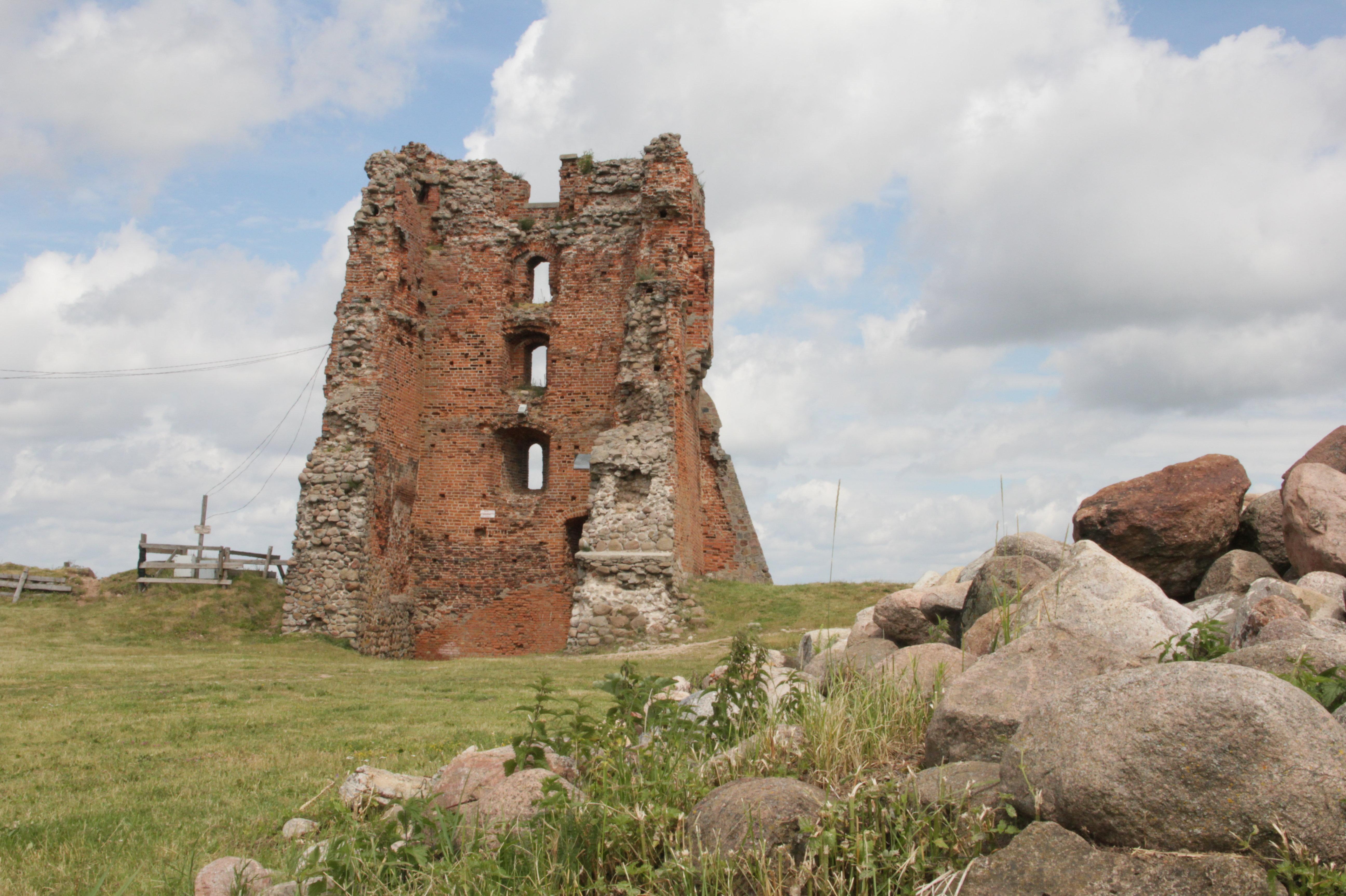 Руины Новогрудского замка видели немало трагедий