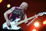 Майкл Питер Бэлзари (Фли) - бас-гитарист и сооснователь группы Red Hot Chili Peppers